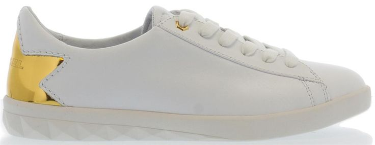Mooie witte gympen van Diesel met gouden ster op de achterkant! Shop ze nu bij SHUZ.