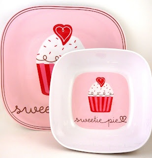 These are super cute plates...