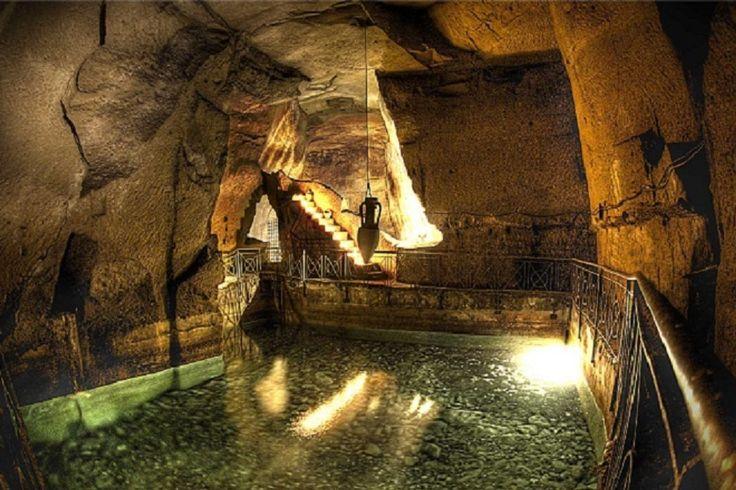 Naples Underground