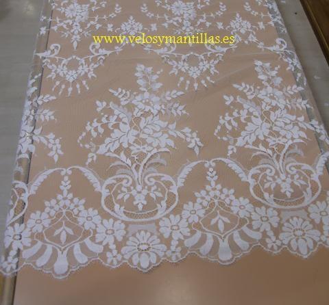 Mantilla de novia rectangular. [VYM81714mfg] - 269,00€ : velosymantillas.es