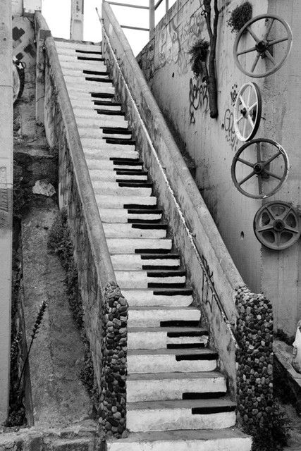 Piano Stairs : before pianos were made smaller, people had to play by climbing up and down really fast.