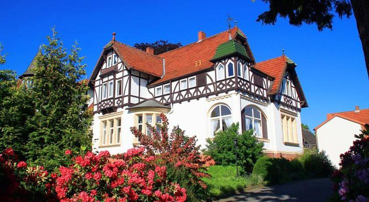 Hotel Prinz Bad Harzburg Bright rooms with free Wi-Fi and a free breakfast buffet await you in this peaceful Art Nouveau villa in central Bad Harzburg. Golf and spa facilities are within walking distance.