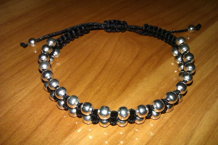 Black beaded macrame bracelet by CC Bracelets