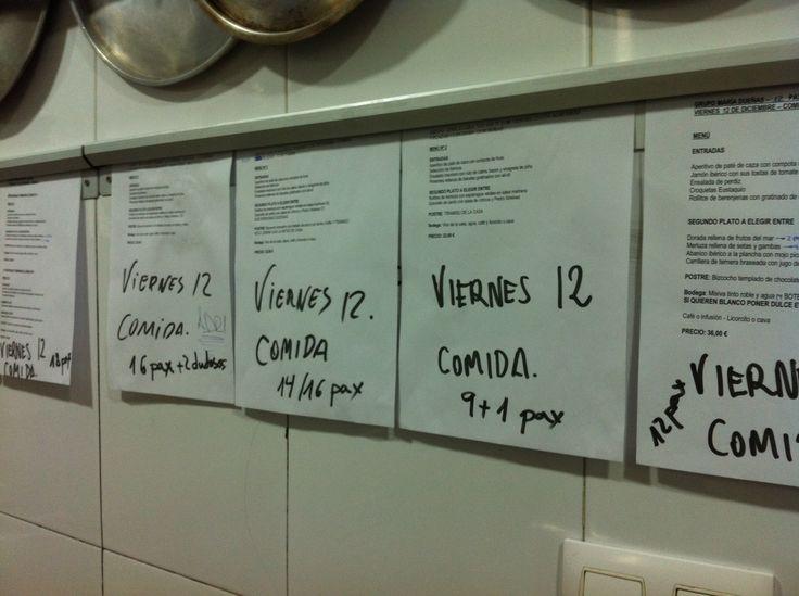 ¡Qué organización tenemos en la cocina! Nuestro mayor regalo es que paséis las fiestas con nosotros http://www.restauranteeustaquio.es/ #restaurante #Cáceres