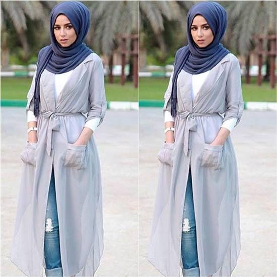 long gray cardigan hijab, Street styles hijab looks http://www.justtrendygirls.com/street-styles-hijab-looks/