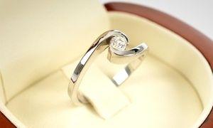 Groupon - Anillo modelo Greta de oro blanco de 18 quilates con Qtregalo. Retiro en sucursal. Precio Groupon: $299.990