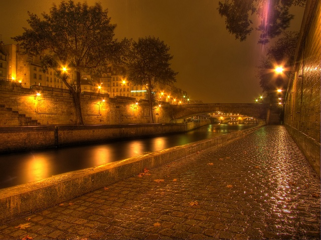 Rainy night in Paris by Mr. Jason Hayes, via Flickr