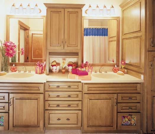 8 best starmark images on pinterest traditional kitchens for Chocolate maple glaze kitchen cabinets