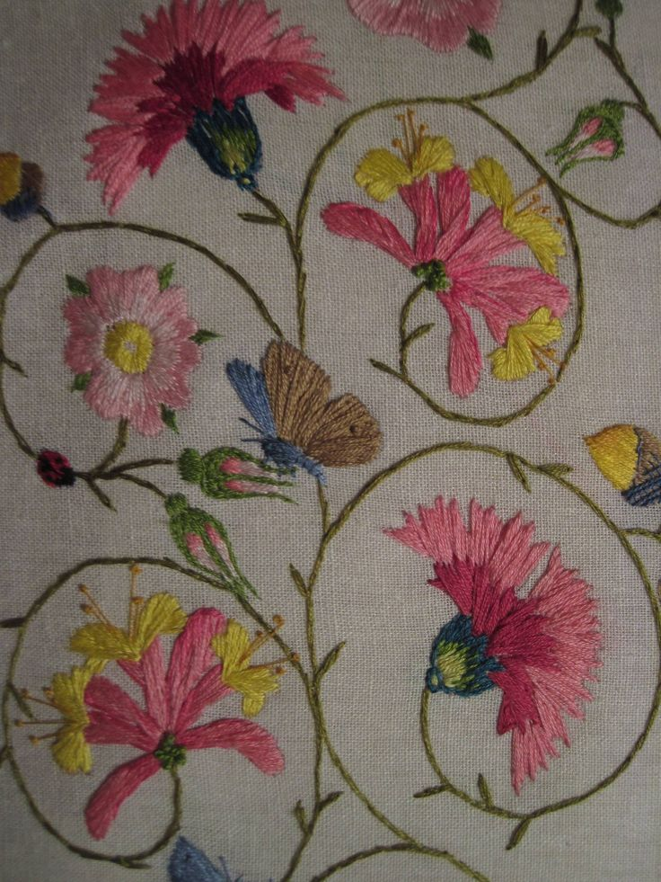 Sarah Day's hand-embroidered partlet (posted in Historic Hand Embroidery on Facebook)