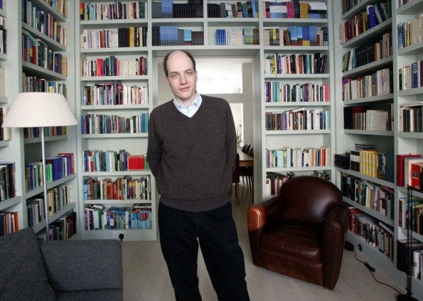 Alain de Botton at home and wondering what the photographer sees?
