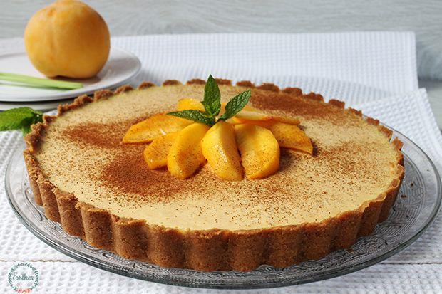 Esta tarta de melocotón es muy fácil de hacer, y queda bien rica y fresquita, no quedo muy dulzona, os recomiendo probar la crema antes...