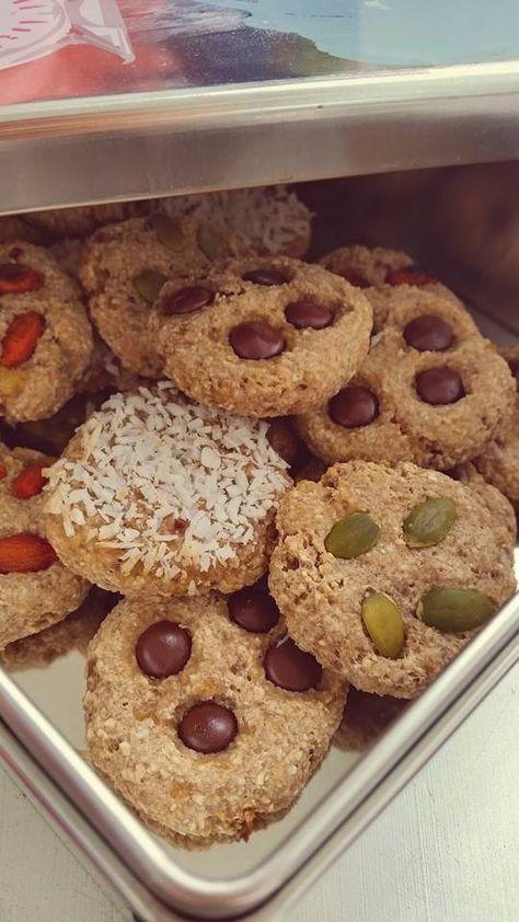 Nyttiga Cookies - 2 ingredienser. Bästa sättet att ta tillvara på mogna bananer, med endast 2 ingredienser har du goda cookies.