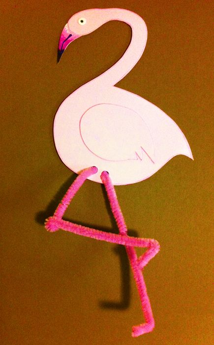 Flamingo craft. Zoo craft. Animal craft. Preschool storytime craft.