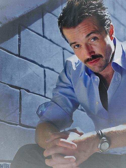 Emmett Scanlan aka Brendan Brady from Hollyoaks.