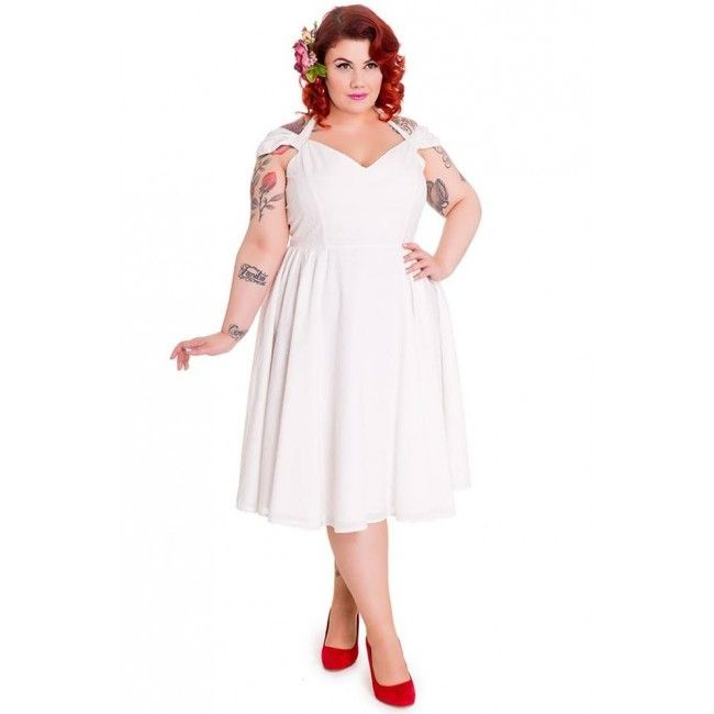 #whiteparty #plussize  A timeless swing dress, the Eveline dress is going to be spring's greatest hit! Whether you decide to wear it to your favourite spring events like a wedding or a party, this classic full swing dress is bound to be the most versatile of the season.