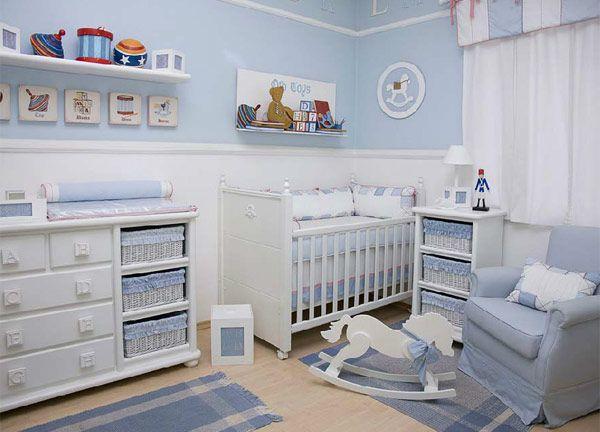 quarto do bebe -azul e branco - tema cavalinho