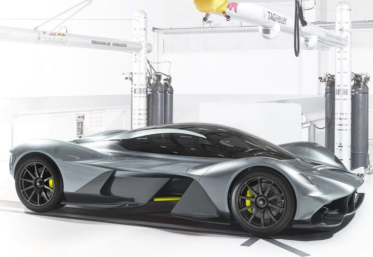 2018 Aston Martin AM 001-RB Aston Martin Racing et Red Bull ont révélé leur hypercar révolutionnaire; RB nom de code AM-001. Le produit d'un partenariat unique Innovation Entre la marque...