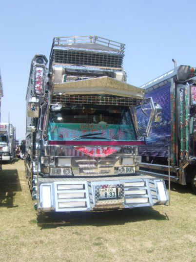 Japanese Dekotora (decoration truck)