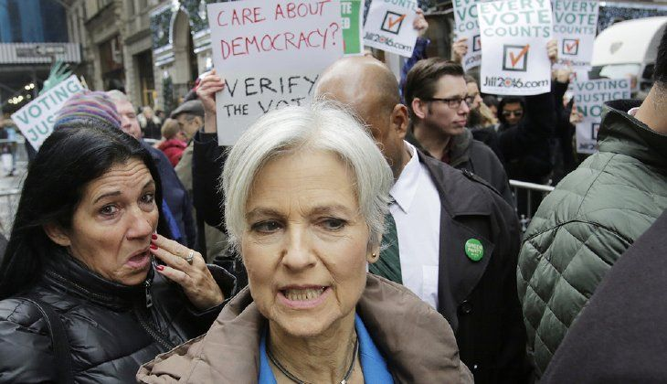 """Jill Stein, the presidential Green Party candidate, is asking the Justice Department to investigate the """"integrity"""" of the U.S. electoral system. (AP Photo/Mark Lennihan)"""