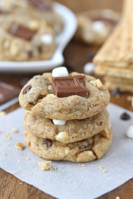 Mini S'mores Cookie Recipe on twopeasandtheirpod.com #cookies