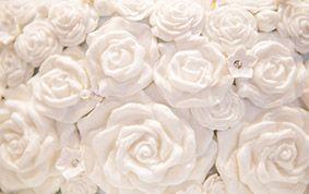 Floral details on a Walt Disney World wedding cake