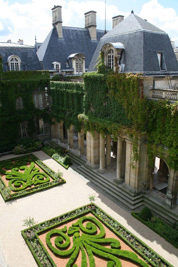 jardins du musée CarnavaletMarsh, France Travel, Dreams, Luxury Travel, Paris France, Gardens, Places, Garden, Courtyards
