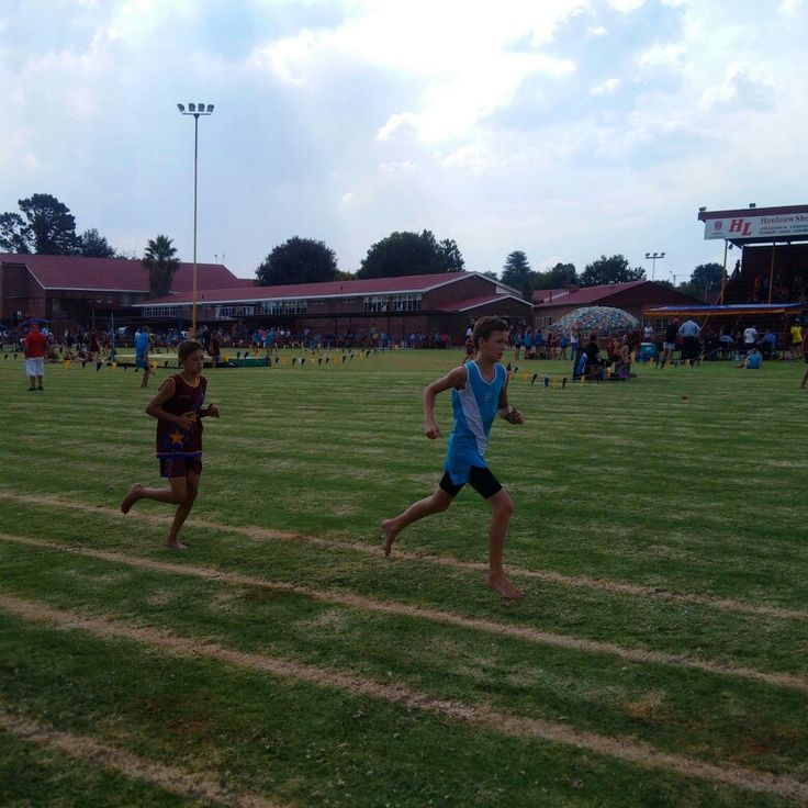 Charl Lombard came 3rd in 1500m against Selection Park 2015