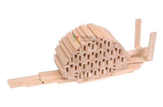 Construye un caracol con las piezas kapla taller de