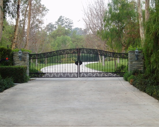 Estate driveways and gates the drive home pinterest for Best driveway gates