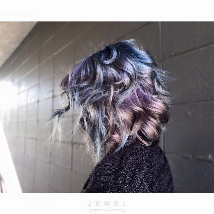 Oddly obsessed with this style and color