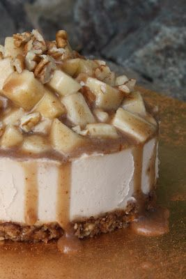 Raw Caramel Apple Cheesecake! Vegan, Raw, Recipe. Sugar dairy and gluten free! #Sweetly Raw http://papasteves.com