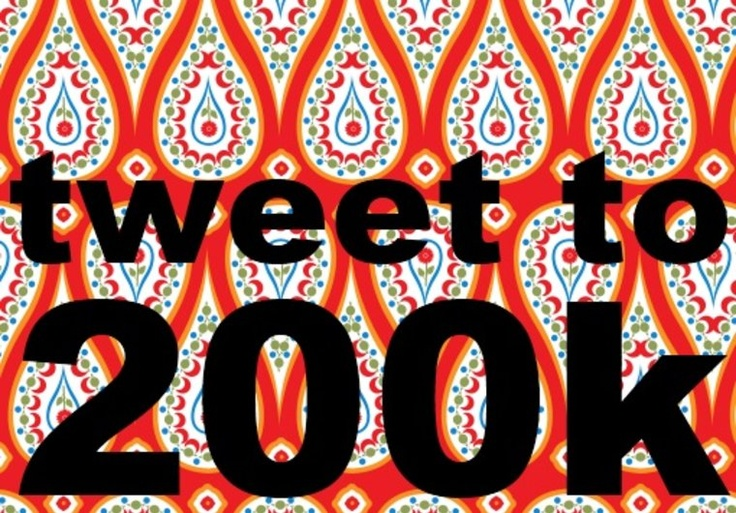WOW! tweet anything you want to 200k  followers on Twitter on