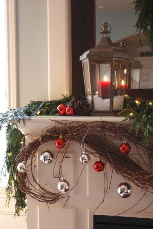Beautiful Christmas Decorated Living Rooms: 35 Beautiful Christmas Mantels