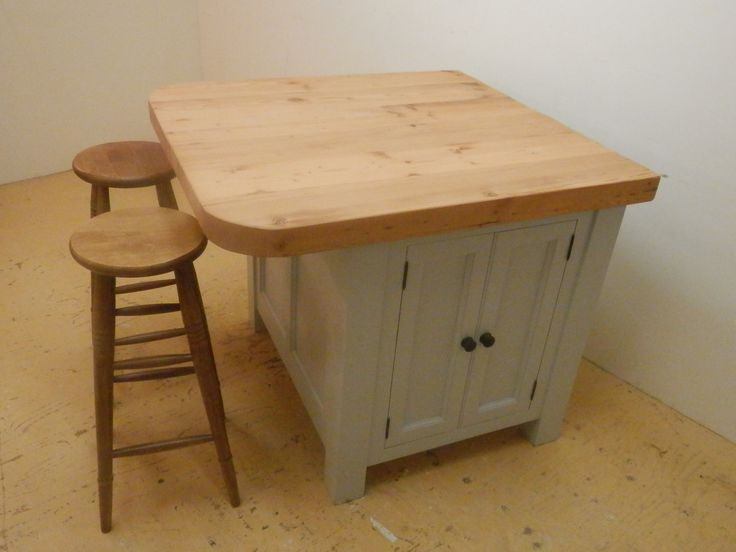 Most Of The Our Kitchen Island Designs Come With A Through Cupboard That S Accessible From Either