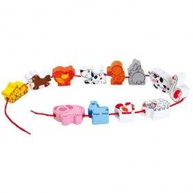 Prevliekacia hra zvieratká z farmy. Prevliekacie hračky výborne precvičia jemnú motoriku u malých detí. Úlohou dieťatka ja navliecť na šnúrku 12 drevených zvieratiek v ľubovoľnom poradí.
