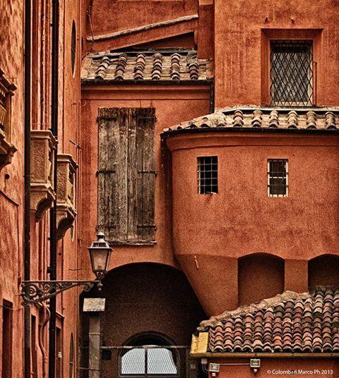 Bologna, Italy // foto di Marco Colombari