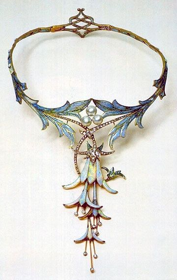 Necklace | Designed by Alphonse Mucha and made by jeweler Gorges Fouquet. 'Fuchsia'. Opal, cabochon sapphire, pearl, and gold. ca. 1905