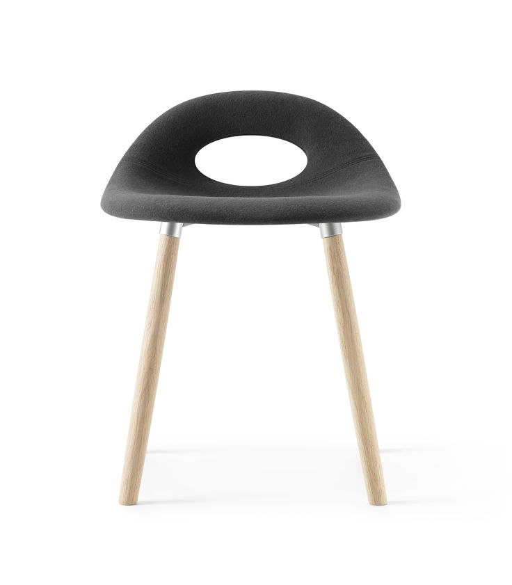 Full padded black and low height SayO Bar Stool with wood legs. Find out more on www.sayo.dk