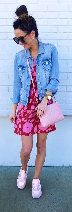 Blue denim button-up jacket with pink mini skirt. Pic originally posted by alyson_haley #Spring #outfitideas #casual