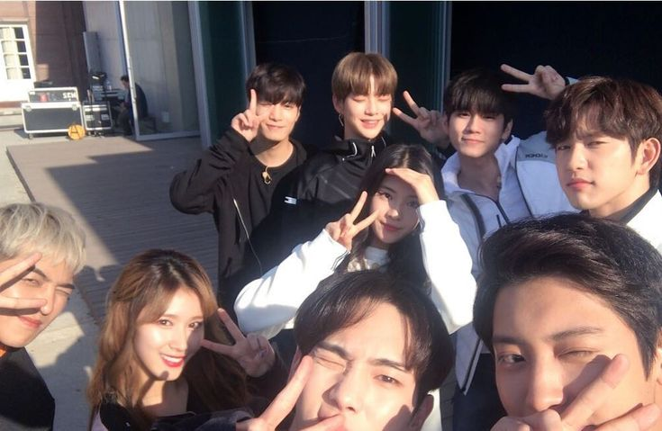 "MINO(WINNER) Key(SHINee) JR(NU'EST) Park ChanYeol(EXO) Park JinYoung(GOT7) Sana(TWICE) Ong Seong Wu(WANNA ONE) Kang Daniel(WANNA ONE) in ""Master Key"""