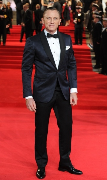 Tom Ford Tux. Bond. James Bond. Daniel Craig....a winning combo I'd say