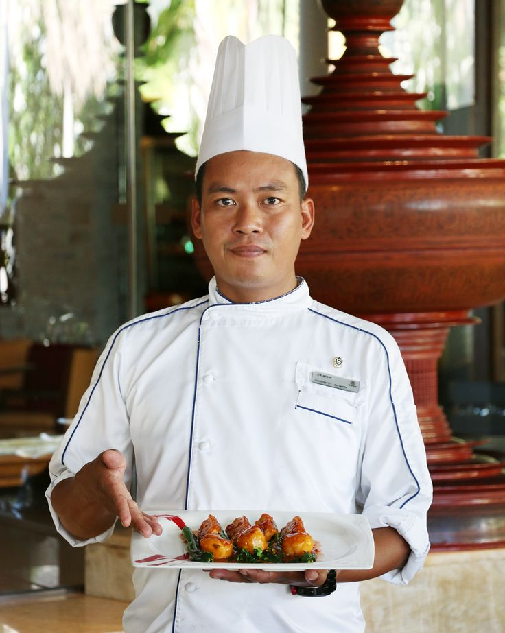 """Please join us in welcoming our new Chinese Chef Chaiyo! He started a few weeks ago and is specialized in barbecue duck, crispy pork and on the wok. Say """"Hi"""" to him when you see him at our resort!"""