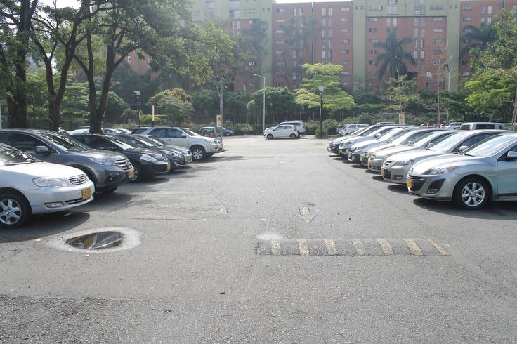 Día sin carro 22 de Abril. Parqueadero principal, Universidad Eafit - 8:30