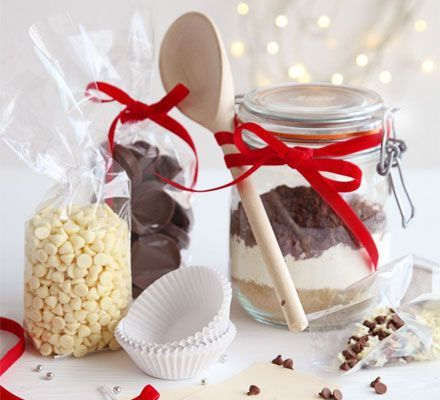 Triple chocolate cupcake kit. The perfect Christmas edible gift for someone who loves to bake - the ingredients for delectable cupcakes, complete with a printable label.