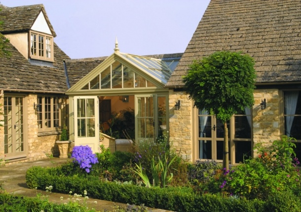 Marston and Langinger » traditional style glass link, gloucestershire (beautiful way to connect house and garage or two segments of a house)
