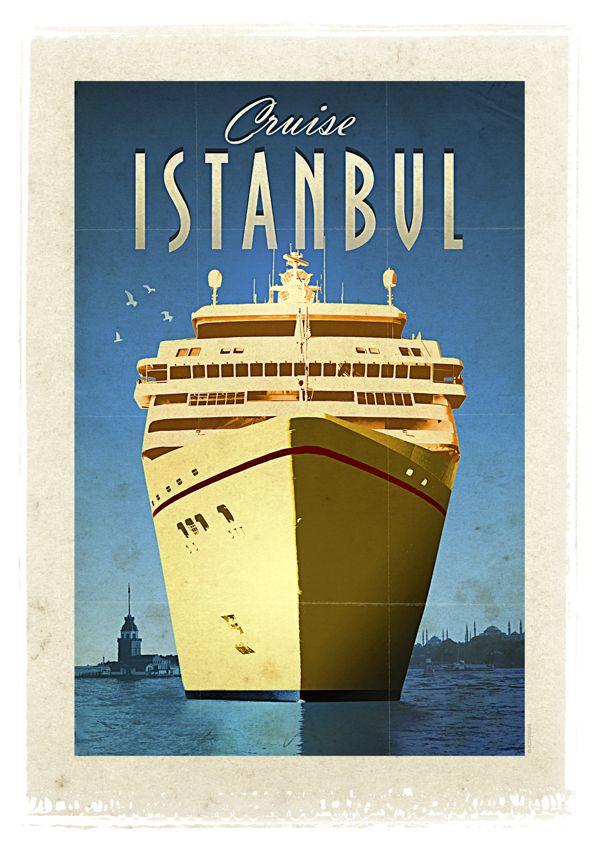 İstanbul ve Cruise Gemisi - Münir Nurettin Selçuk'a besteler yaptıran, Napoleon Bonaparte'ı aşka getiren, her göreni kendine aşık eden bir şehir... Ve ona, tüm dünyada iki kıtayı birleştiren tek şehir olma unvanını kazandıran, her gün dünyanın dört bir yanından gelen dev boyutlu gemilere eşlik eden kusursuz güzellikteki İstanbul Boğazı...