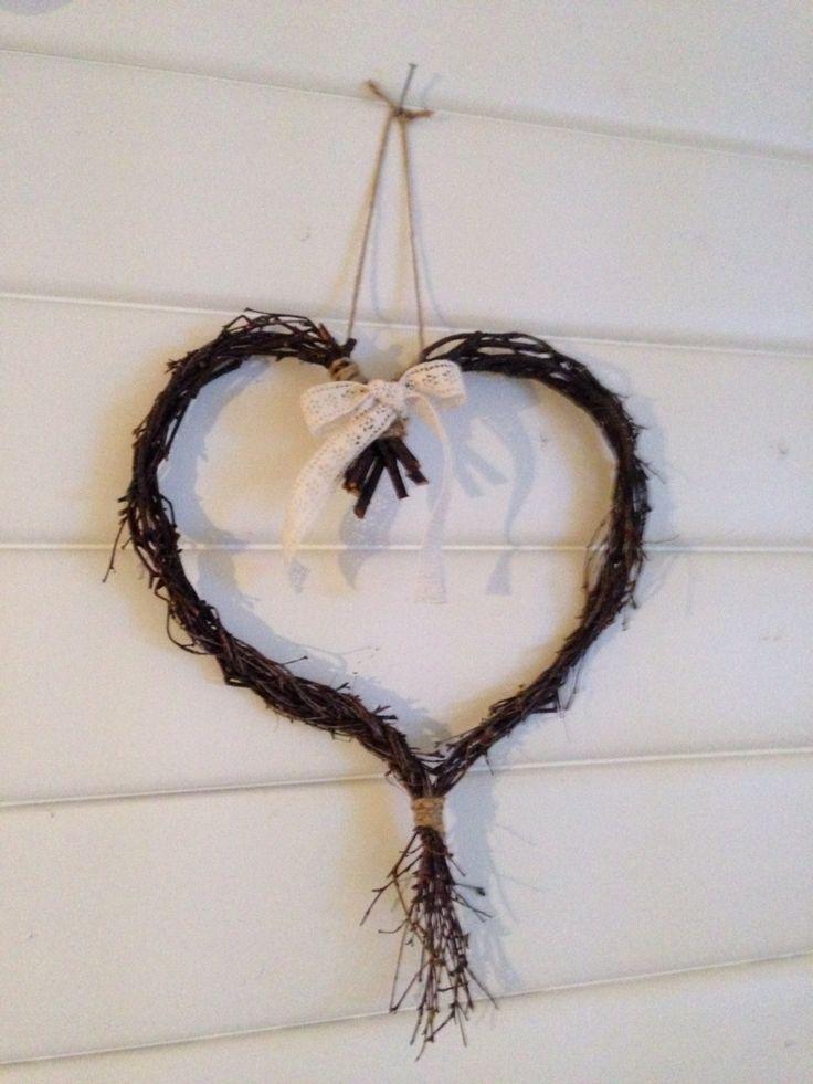 Hjärtkrans av björk och spets - Heart by DiySweden