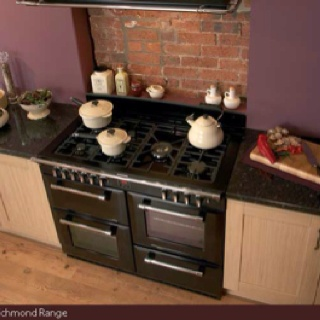 Brother in law putting one of these Belling ovens in new kitchen, so envious right now