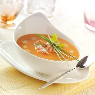 Als Vorspeise zum Osteressen empfehlen wir eine Hummer-Cremesuppe.