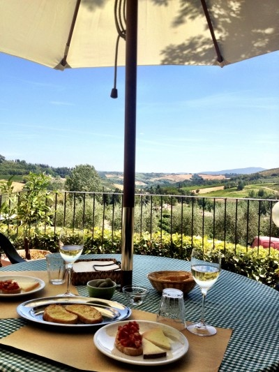 Lunch with a view in Tuscany. Bliss.